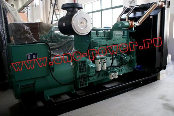 Фото дизельного генератора в открытом исполнении