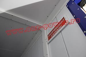 Фотография контейнера для ДГУ вид изнутри