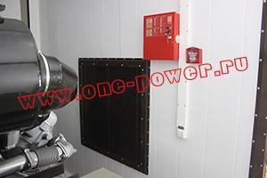 Фото панели управления пожарной сигнализацией