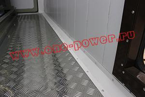 Фото рифленого металлического пола контейнера для ДГУ 200кВт ЯМЗ