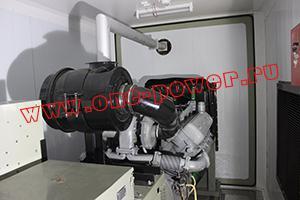 Фото подключения выхлопной трубы контейнера для ДГУ 200кВт ЯМЗ